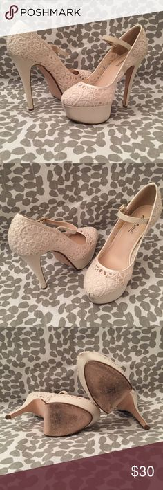 Anne Michelle Cream Lace Pumps Only worn once EUCWB cream lace pumps. Heel is approximately  5 1/2 inches high and the platform is approximately 1.75 inches high.   I wear an 8.5 and these fit perfectly. Anne Michelle Shoes Heels