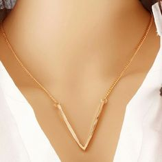 Gold v shape drop down necklace * 5 aviliable * Gold v shape drop down necklace for those v neck deep cut tops :) About 18 inches long Jewelry Necklaces