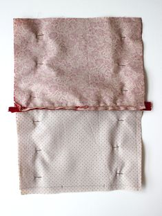 DIY pas à pas : jolie pochette en tissu Diy Clothes Videos, Patches, Embroidery, Sewing, Dimensions, Hui, Simple, Scrappy Quilts, Waldorf Dolls