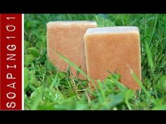 ▶ How to Make Poison Ivy Soap {with jewelweed} I want to make this for my parents to keep at their cabin.  My poor dad seems to get a rash just looking at poison ivy!