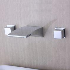 Diseño moderno acabado en cromo baño generalizada cascada grifo de la bañera G6038