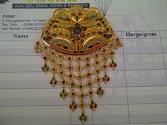 22k Gold India / Dubai Broach / Pendant