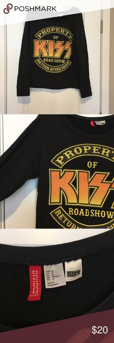 Kiss sweatshirt KISS! Fits like a medium. H&M Tops Sweatshirts & Hoodies