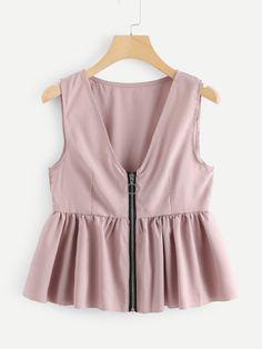 Cute Tank Plain Regular Fit V neck Pink Regular Length Ruffle Hem Zip Up Top Basic Outfits, Trendy Outfits, Cute Outfits, Trendy Clothing, Hijab Fashion, Girl Fashion, Fashion Dresses, Fashion Design, Fashion Women
