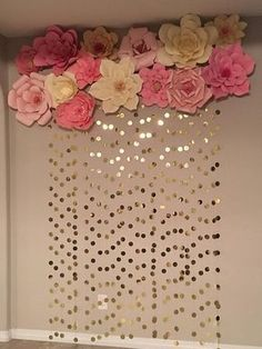 New baby diy ideas wall art 34 Ideas Gold Backdrop, Paper Flower Backdrop, Paper Flowers Diy, Backdrop Ideas, Paper Flower Wall, Paper Flower Garlands, Craft Flowers, Flowers Decoration, Paper Roses