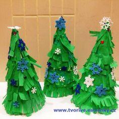 Vánoční stromeček z kuželu