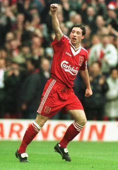 Look at this retro Liverpool kit. Liverpool Kit, Gerrard Liverpool, Liverpool Legends, Liverpool Players, Liverpool Football Club, Classic Football Shirts, Retro Football, Football Fans, Football Season