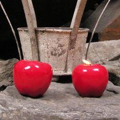 Originelle Kerzen in Apfelform (keine Duftkerze). Silk, Vegetables, Color, Cottage Chic, Apple, Diy, Dekoration, Vegetable Recipes, Veggie Food
