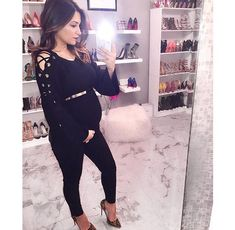 pregnancy outfits casual 117164027790812717 - Source by maevavolberg Cute Maternity Style, Stylish Maternity, Maternity Fashion, Maternity Swimsuit, Maternity Jeans, Maternity Dresses, Pregnancy Wardrobe, Pregnancy Outfits, Pregnancy Looks