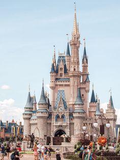 kaylagil_ / an amazing trip to disney world Disney World Fotos, Viaje A Disney World, Disney World Pictures, Disney World Trip, Disney Pixar, Disney World Castle, Disney Land, Disney Cute, Disney Babys