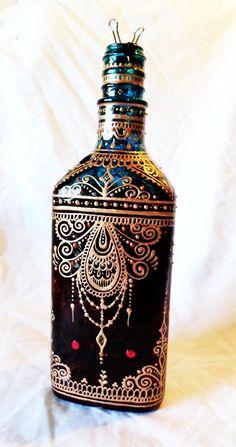 Incense Bottle Henna Mehndi Three-Sided Hand-Painted por Behennaed