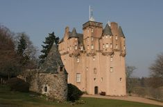 The pink fairytale Craigievar Castle Scotland Castles, Scottish Castles, Monument Valley, Medieval, Around The Worlds, Europe, National Trust, Mosques, Cathedrals
