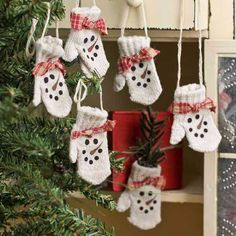 Primitive Knitted Snowman Mitten Ornaments