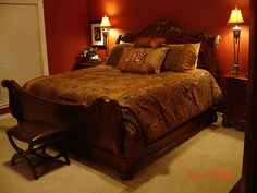Red and brown bedroom red and brown bedroom decor red and brown Brown Bedroom Decor, Bedroom Decor For Teen Girls, Bedroom Red, Trendy Bedroom, Dream Bedroom, Bedroom Wall, Romantic Master Bedroom, Master Bedroom Design, Master Bedrooms