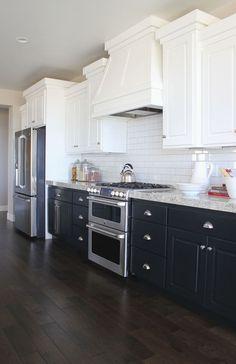 Luxurious Black And White Kitchen Design Ideas 038