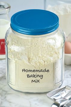 Bisquick Mix Homemade, Bisquick Mix Recipe, Homemade Dry Mixes, Bisquick Recipes, Homemade Spices, Homemade Seasonings, Recipe Mixes, Diy Recipe, Homemade Recipe