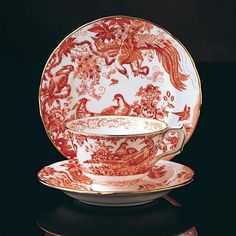 Red Aves - Royal Crown Derby