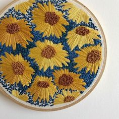 Amazing stitch combination sunflowers ph: @threadhoney #dmcthreads #dmcembroidery