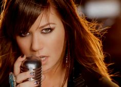 "Kelly Clarkson - ""What Doesn't Kill You"" - Click Through To Watch"