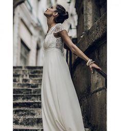 Robe de mariée 2016 : la robe taille empire de Laure de Sagazan