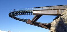 El increíble Skywalk de las Montañas Rocosas de Canadá - http://www.absolut-canada.com/el-increible-skywalk-de-las-montanas-rocosas-de-canada/