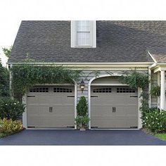This particular colonial garage door is undeniably an amazing design theme. Double Garage Door, Updating House, Garage Door Styles, House Exterior, Garage Door Design, Garage, Garage Door Colors, Garage Door Types, Red Brick House