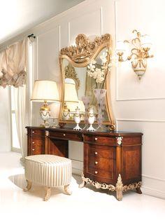 CAPPELLINI INTAGLI -   Italian lady's vanity set