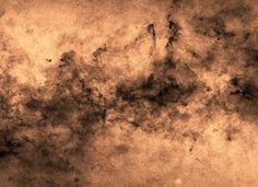 Laporan Penelitian: Katalog Menghitung 219 Juta Bintang di Galaksi Bima Sakti