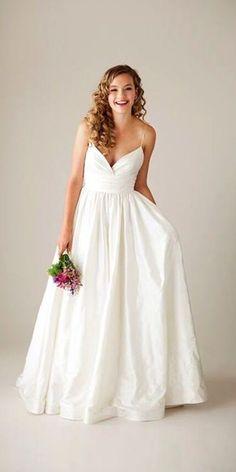 Angelina Jolie Wedding Dress And It's Twins ❤ See more: http://www.weddingforward.com/angelina-jolie-wedding-dress/ #wedding #dresses #angelinajolie