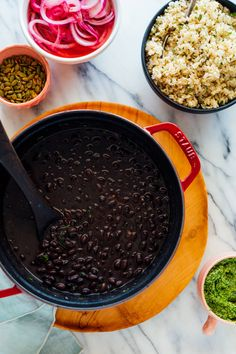Learn how to cook black beans from scratch! This foolproof recipe yields absolutely delicious, perfectly tender black beans. Make a batch and enjoy healthy, protein-rich black beans all week! #blackbeans #beanrecipe #healthy #affordable #cookieandkate Dried Black Beans, Dried Beans, Quick Pickled Onions, Black Bean Recipes, How To Cook Beans, Cupcakes, Cooking Black Beans, Serious Eats, Learn To Cook