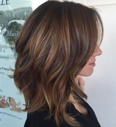 31 Lob Haircut Ideas for Trendy Women - the lob is the new bob. frisuren feines haar 31 Lob Haircut Ideas for Trendy Women Shoulder Length Layered Hair, Medium Length Layered Hair, Brunette Shoulder Length Hair, Long Bob Haircuts, Long Length Haircuts, Summer Haircuts, Trendy Haircuts, Popular Haircuts, Pixie Haircuts