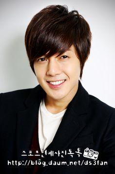 Kim Hyun-Joong (김현중)