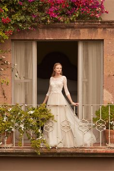 Amelie Gown from BHLDN ~ I would not mind this for my wedding one bit