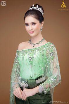 Beauty Full Girl, Stunningly Beautiful, Cambodia, Diamond, Wedding Dresses, Jewelry, Fashion, Bride Dresses, Moda
