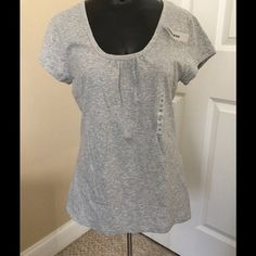 Old navy scoop neck tee Scoop neck tee. New with tags. Never worn. Old Navy Tops