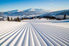Risultati immagini per ski snow Skiing, Snow, Mountains, Architecture, Nature, Travel, Outdoor, Ski Trips, Ski