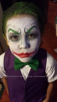 Little Joker and Harley Quinn Homemade Costumes Cool Dark Knight Joker Costume Ideas for KidsCool Dark Knight Joker Costume Ideas for Kids Visage Halloween, Halloween Tags, Halloween Makeup For Kids, Joker Halloween, Looks Halloween, Scary Halloween Costumes, Homemade Halloween, Halloween 2018, Zombie Costumes