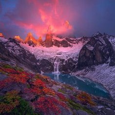 Best Earth Pics @BestEarthPix     Monte Fitz Roy, Patagonia. Photo by Ted Gore