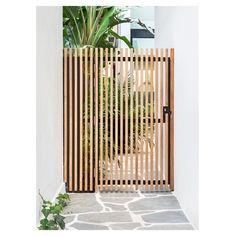 Backyard Fences, Outdoor Landscaping, Public Space Design, Exterior Makeover, Grass Seed, Facade House, House Front, Back Patio, Outdoor Living