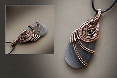 I love how this design follows the grain of the stone!