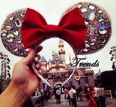 Rhinestone Custom Ears with matching earrings Diy Disney Ears, Disney Mickey Ears, Disney Diy, Disney Crafts, Disney Love, Disney Trips, Disney Magic, Disney Headbands, Disney 2017