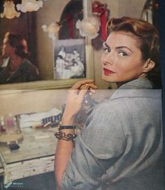 Ingrid Bergman, in the she was beautiful by nature. And she could be extremely sexy without trying very hard to be. She Was Beautiful, Most Beautiful Women, Old Hollywood, Hollywood Actresses, Classic Hollywood, Ingrid Bergman Casablanca, Blue Shots, Swedish Actresses, Isabella Rossellini