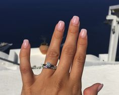 Diamond #sparkle or #scintillation makes jewellery so alluring it is created by the cut & #facets of the stone  Visit us @ Londonde.com #gemstones #gems #precious_gems #engagement_ring #diamonds #boucheron #jewellery #emerald #coscuez #chivor #Muzo_emeralds #emerald_ring #graff #gemfields #vancleefarpels #harrywinston #cartier #ruby #sapphire #tiffanyandco #Gübelin #certified_diamonds #JAR #mothersday gifts #placevendrôme #paris #paraiba_tourmaline  londonde.com/blog