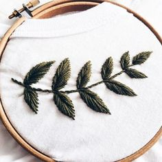 Embroidery – Hand Embroidery – Embroidery t shirt – Embroidery tshirt – Womens clothes – White t shirt – Botanical Embroidery – cupofneedles – Handstickerei Embroidery Leaf, Hand Work Embroidery, Embroidery Patterns Free, Hand Embroidery Stitches, Hand Embroidery Designs, Cross Stitch Embroidery, T Shirt Embroidery, Embroidery Materials, Hand Stitching