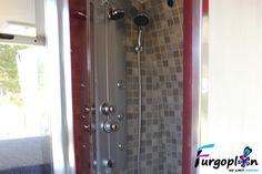 Baño interior VW Crafter. www.furgoplon.com
