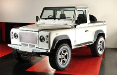 Handsome beast - just waiting for the Ruskin Chief Designer to start his magic #diesel #defender90