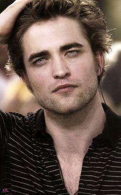 Twilight Saga Series, Twilight Edward, Edward Bella, Edward Cullen Robert Pattinson, Robert Pattinson Twilight, Twilight Photos, Robert Douglas, Most Handsome Men, Jamie Dornan