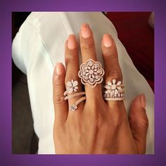 Beautiful cocktail rings to flaunt this festive season Gold Rings Jewelry, Gold Jewellery Design, Gold Diamond Rings, Diamond Jewellery, Jewelry Bracelets, Stylish Rings, Jewellery Sketches, Cocktail Rings, Ring Designs