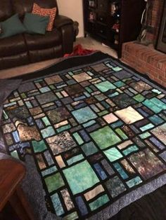 Patchwork jeans quilt stained glass ideas for 2019 Bargello Quilts, Batik Quilts, Jellyroll Quilts, Panel Quilts, Scraps Quilt, Strip Quilts, Patchwork Quilt Patterns, Quilt Block Patterns, Quilt Blocks
