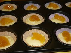 Briose cu gem | florideportocal.ro Thing 1, Cookie Recipes, Muffins, Cheesecake, Goodies, Cupcakes, Breakfast, Desserts, Food